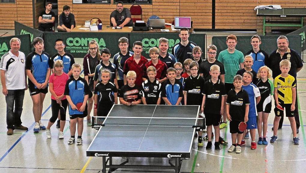 Bei den Kinder- und Jugendspielen im Tischtennis gehörte in Beetzendorf der erste Wettkampftag den Teilnehmern bei den A- und C-Schüler/Innen. © Sensenschmidt