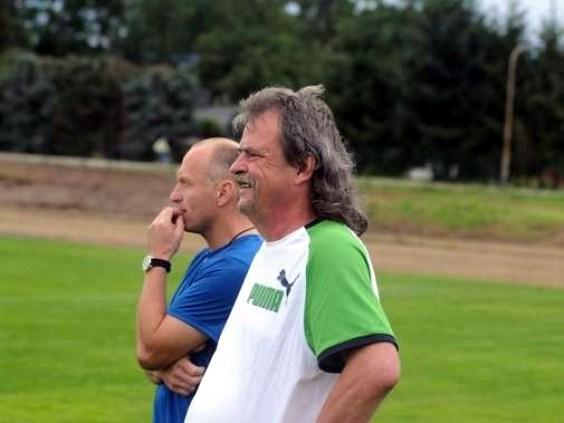 Zusammen mit Andreas Horn trainiert Bernd Neubauer (rechts) die A-Junioren des MTV Beetzendorf. Nebenbei coacht er auch die Altherren und fungiert als Spartenleiter. Foto: Florian Schulz VOLKSSTIMME