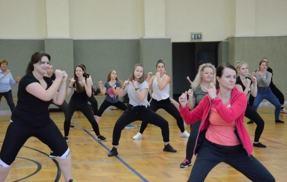 Solidarisieren – Tanzen gegen Gewalt