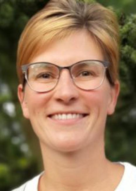 Adina Borchert