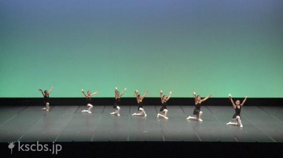 2-01 : 白鳥の湖より「ナポリの踊り」
