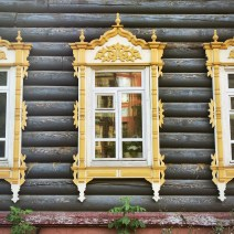 Holzfenster in Tomsk