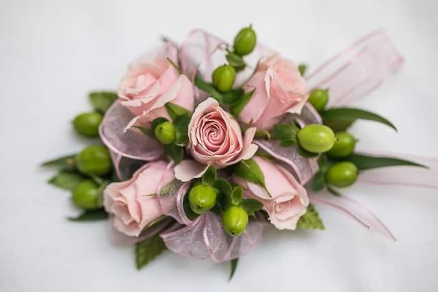 Murfreesboro Flower Shop Corsage