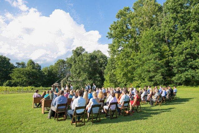 outdoor ceremony at Natchez Hill Vineyard