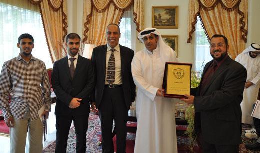 سفير الكويت بسنغافورة يستقبل المهندسين ويشيد بدورهم في تعزيز العلاقات الثنائية