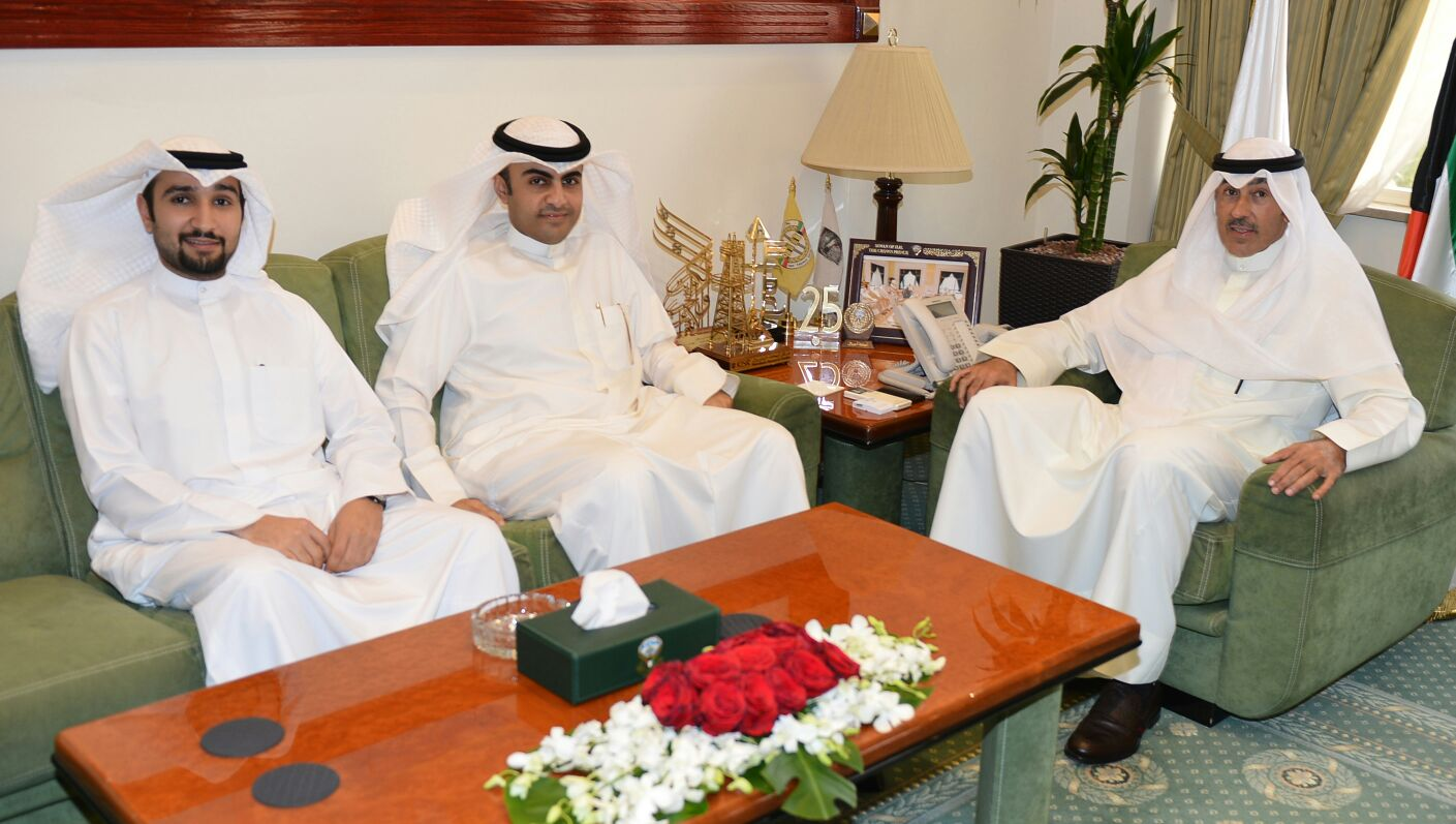 اتفقت الجمعية ومحافظة الأحمدي على التعاون في القضايا الفنية