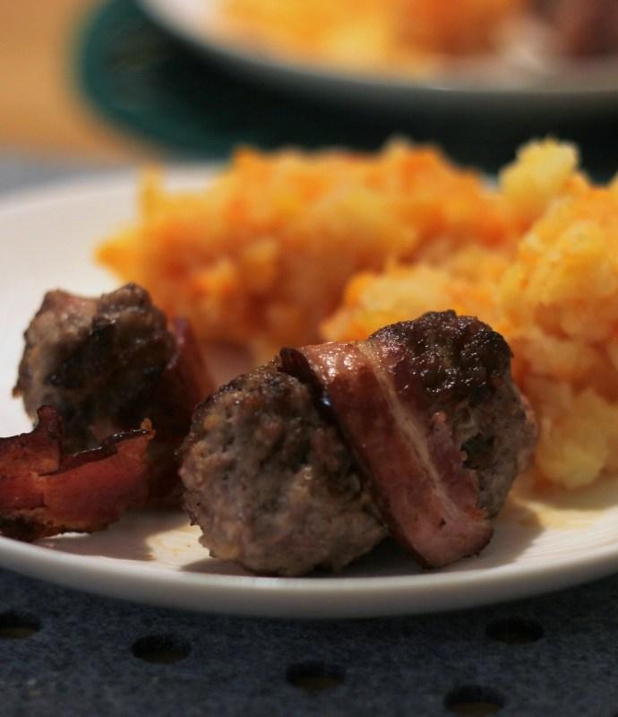 Mięso mielone zawiniete w boczek – Slavinken