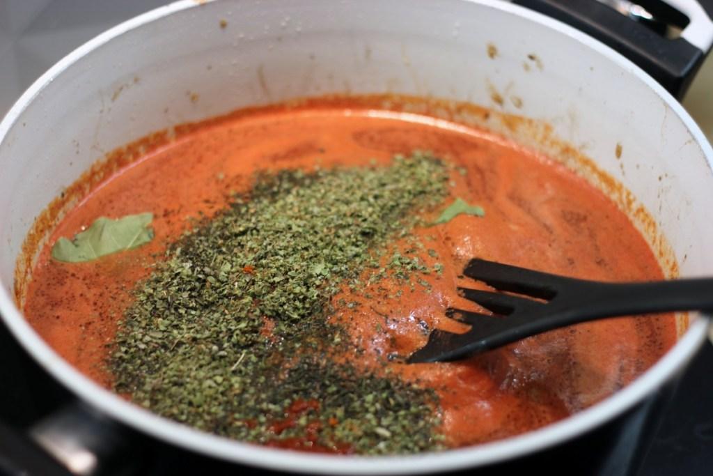 Gęsta zupa gulaszowa - zagęszczona