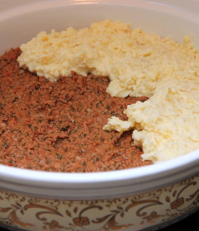 Escondidinho – zapiekanka z mięsa mielonego i purre ziemniaczanego