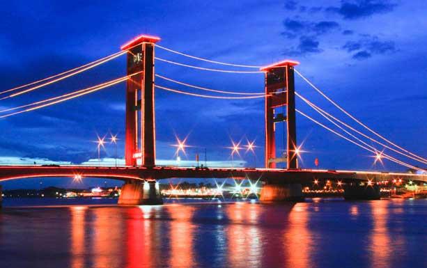 Gambar Jembatan Ampera Jaman Dulu