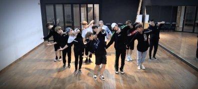 WANNAONE_Dancepractice_1