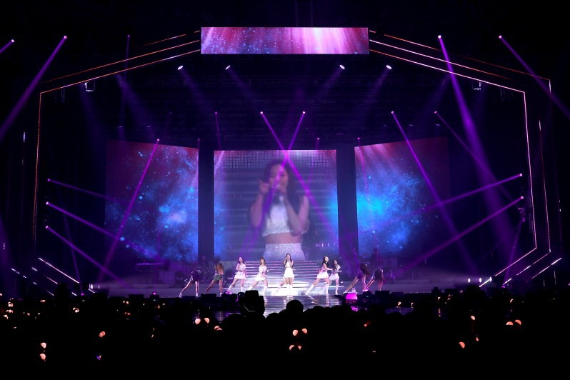 Apink pink space 3