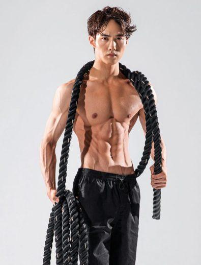 Pentagon - Yeonone Mens health 3