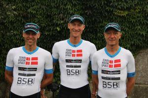 3 muskeltæer fra Team Kona Spirit klar til afgang mod Ironman Hawaii 2016. #teamkonaspirit#fusionsport#cykelfavoritten#farstadoptik#americantravel#b&osilkeborg#bsb#hawaiiironman2016