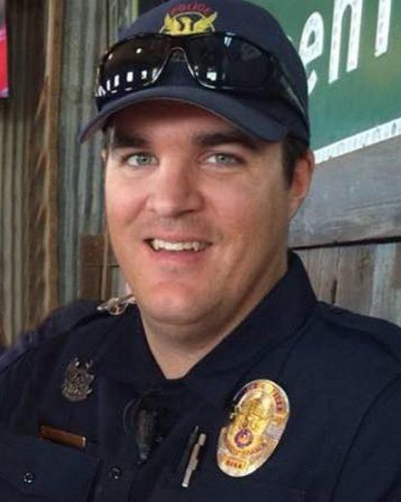 Fundraiser BBQ for fallen Phoenix police officer raises
