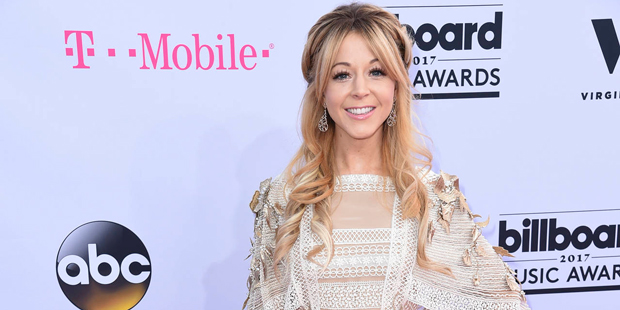 Mormon violinist and YouTube star Lindsey Stirling wins best
