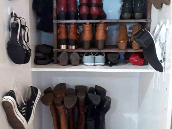 half tomatoes, shoe cupboard