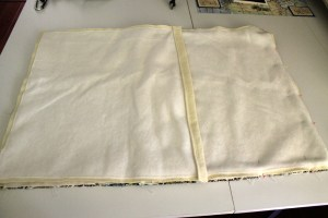 How to make an Envelope-Style Pillow Cover