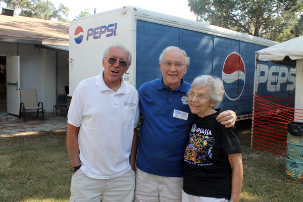 Volunteers from the Homosassa Civic Club, Jake Jacobs, Bill and Ann Perko at the 2013 Homosassa Seafood, Art, and Crafts Festival