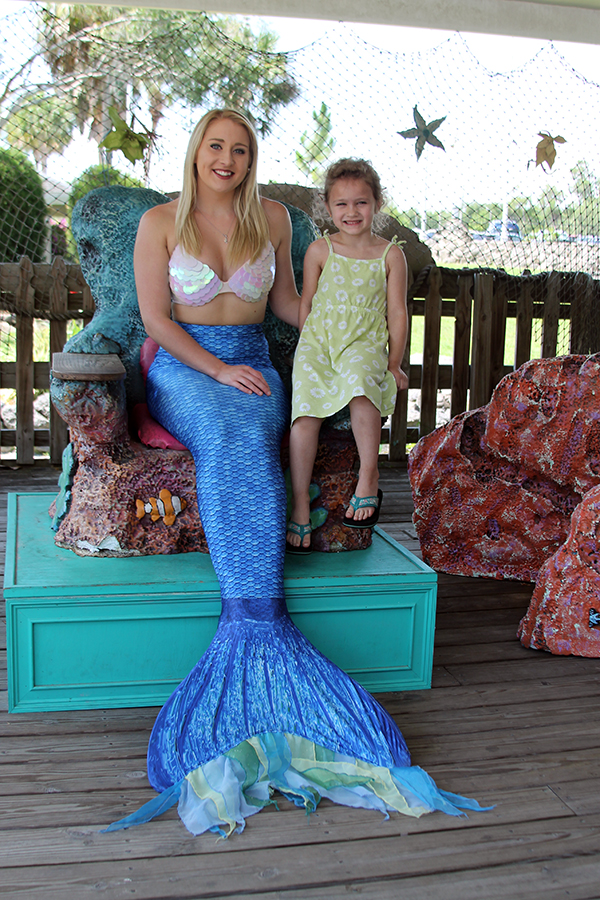 Mermaid Amanda and Piper