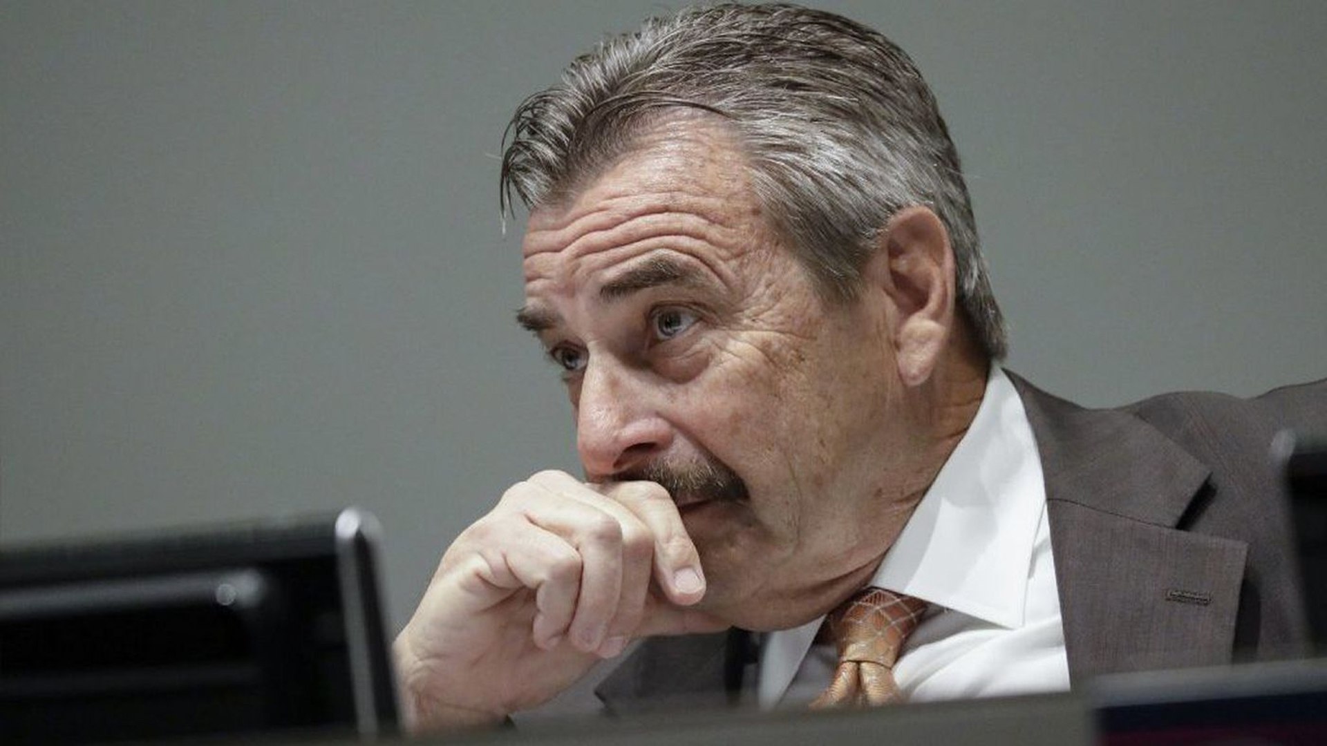 Los Angeles Police Chief Charlie Beck at a Police Commission meeting in March. (Credit: Irfan Khan / Los Angeles Times)