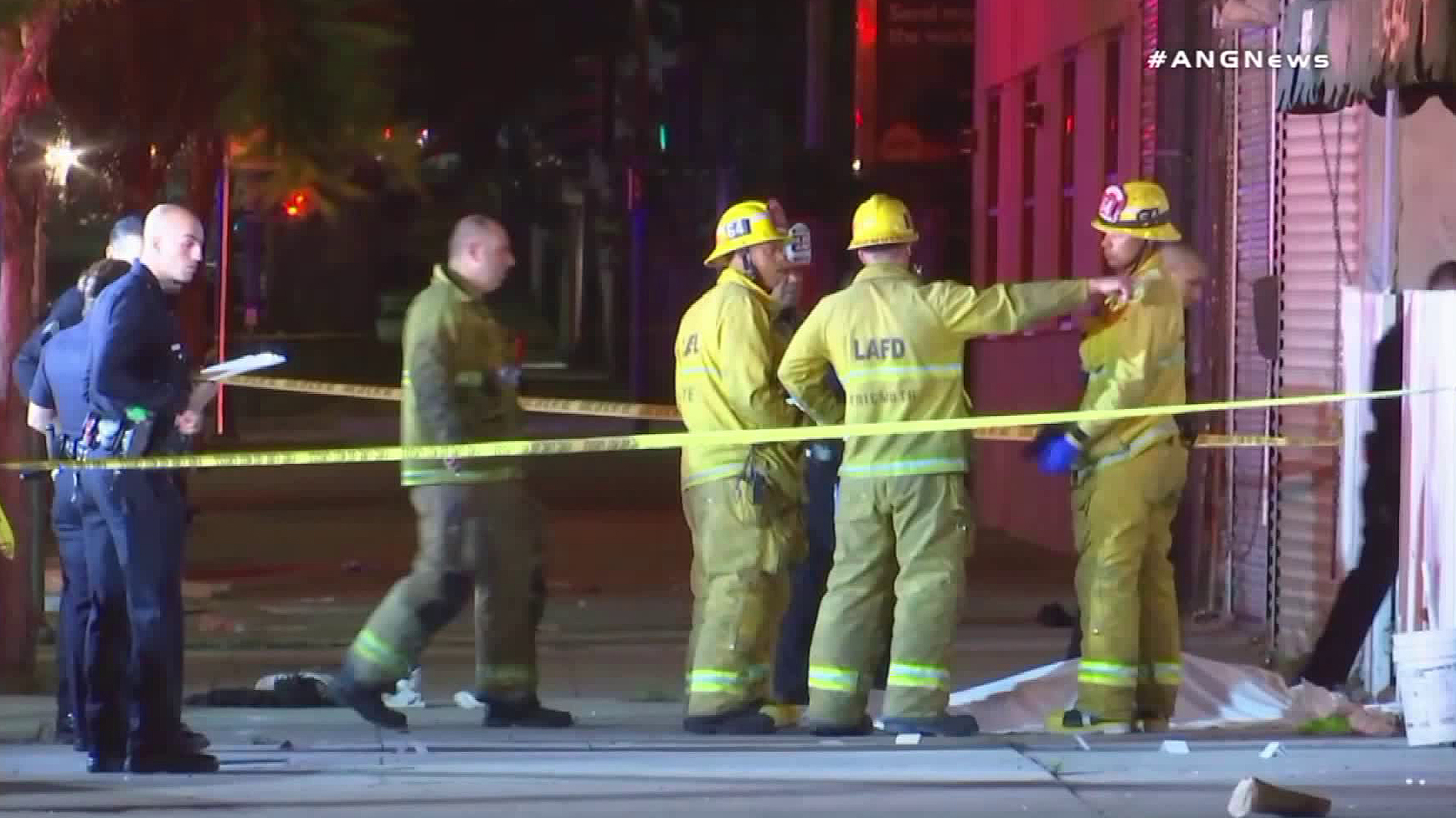 Crews respond to a fatal shooting in South Los Angeles on July 4, 2018. (Credit: ANG News)