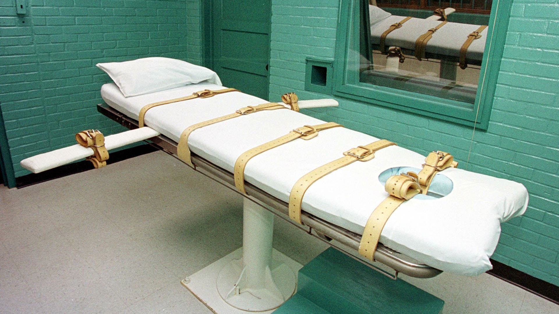 Nebraska carried out its first execution using lethal injection in state history on Aug. 14, 2018. (Credit: Paul Buck/AFP/Getty Images)
