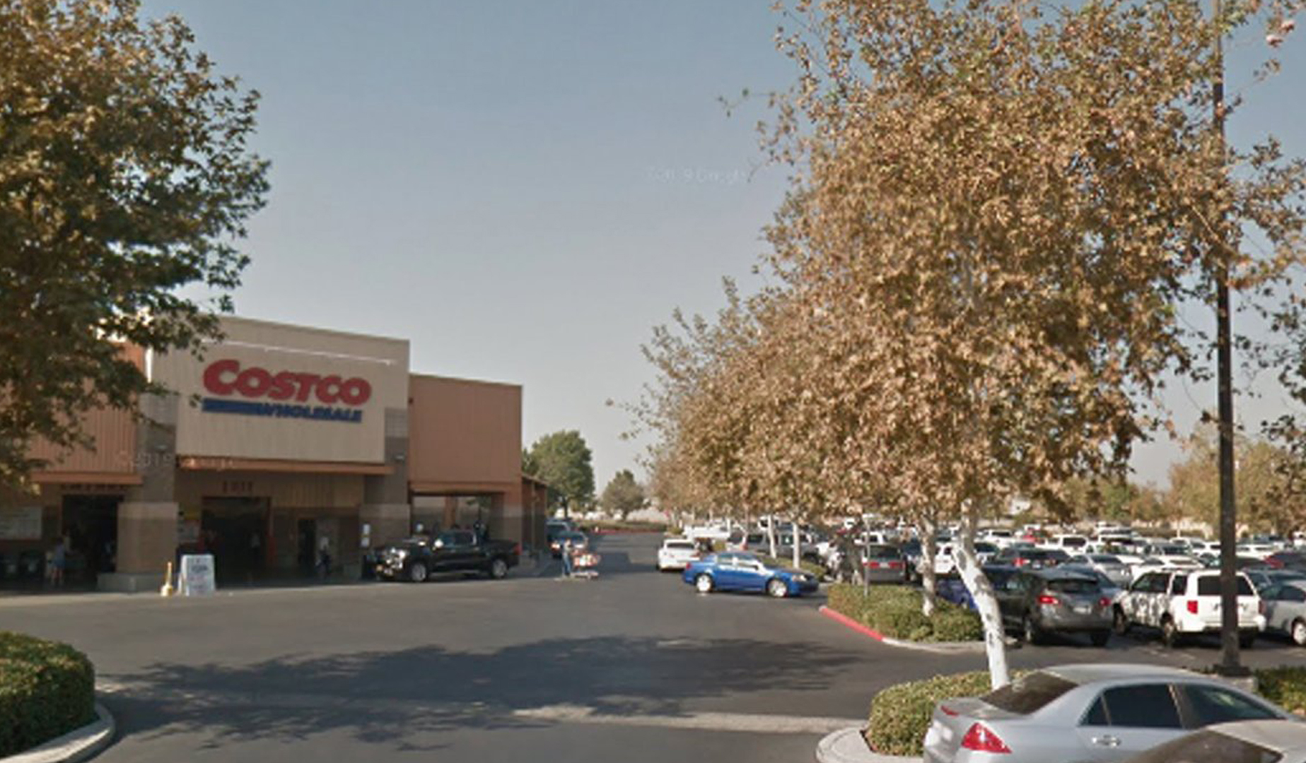 The Costco parking lot in Bakersfield is seen in a Google Maps image.