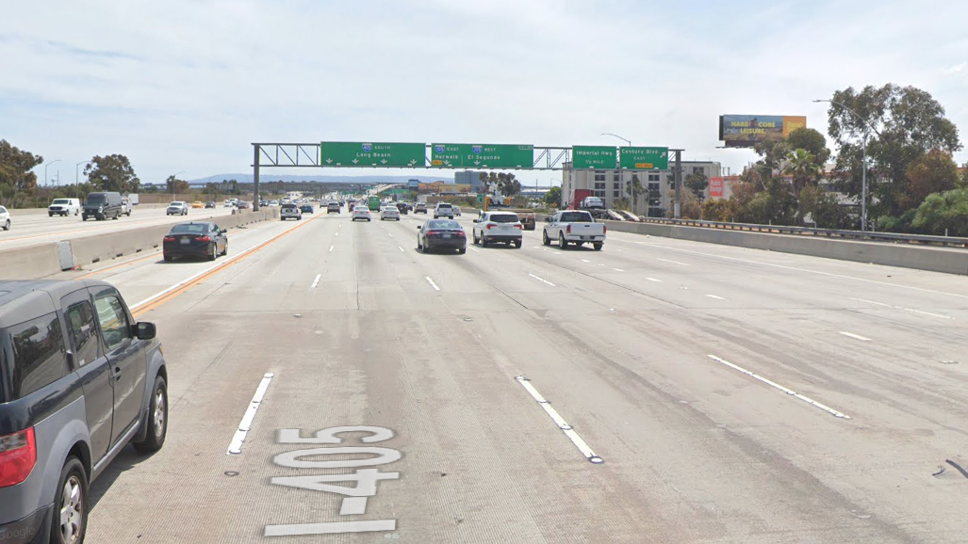 The southbound 405 Freeway, approaching Century Boulevard, in Inglewood, as viewed in a Google Street View image.