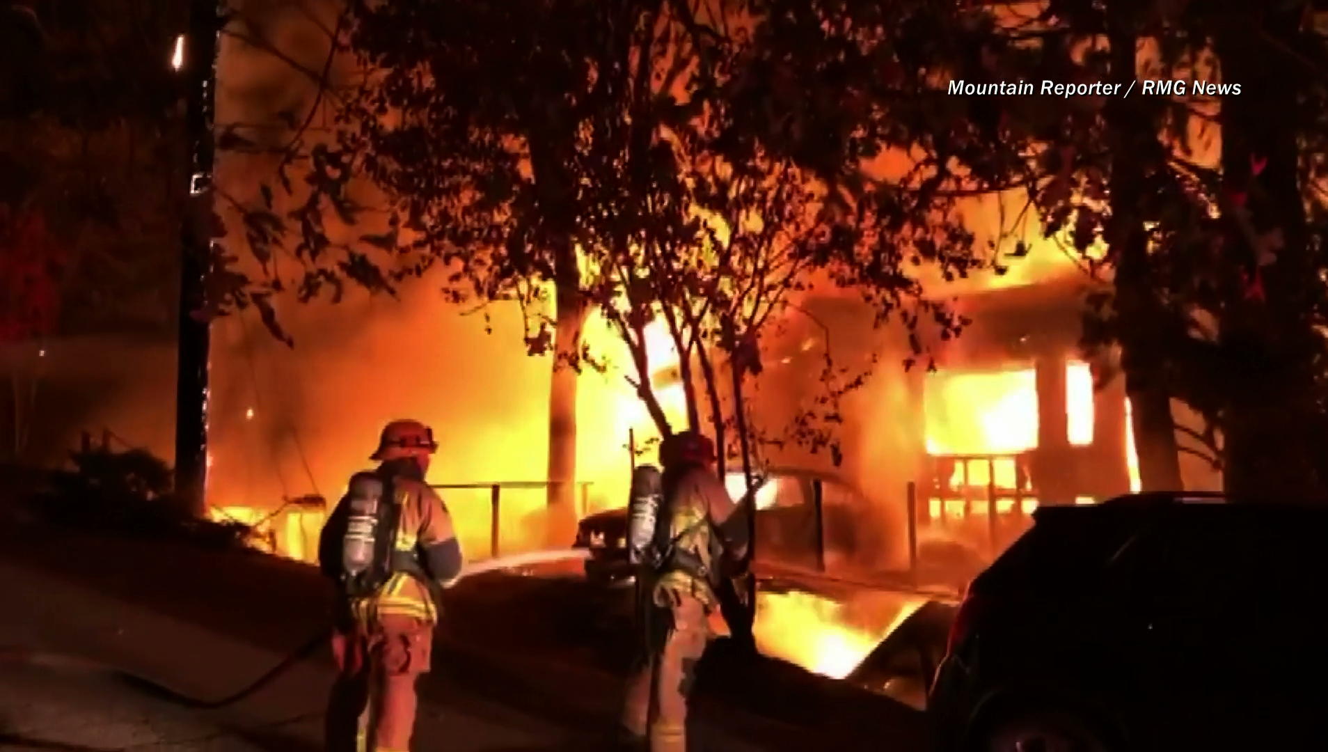 Multiple residences burned down after a house fire broke out in Rimforest, near Lake Arrowhead, on Nov. 4, 2019. (Credit: RMG News)