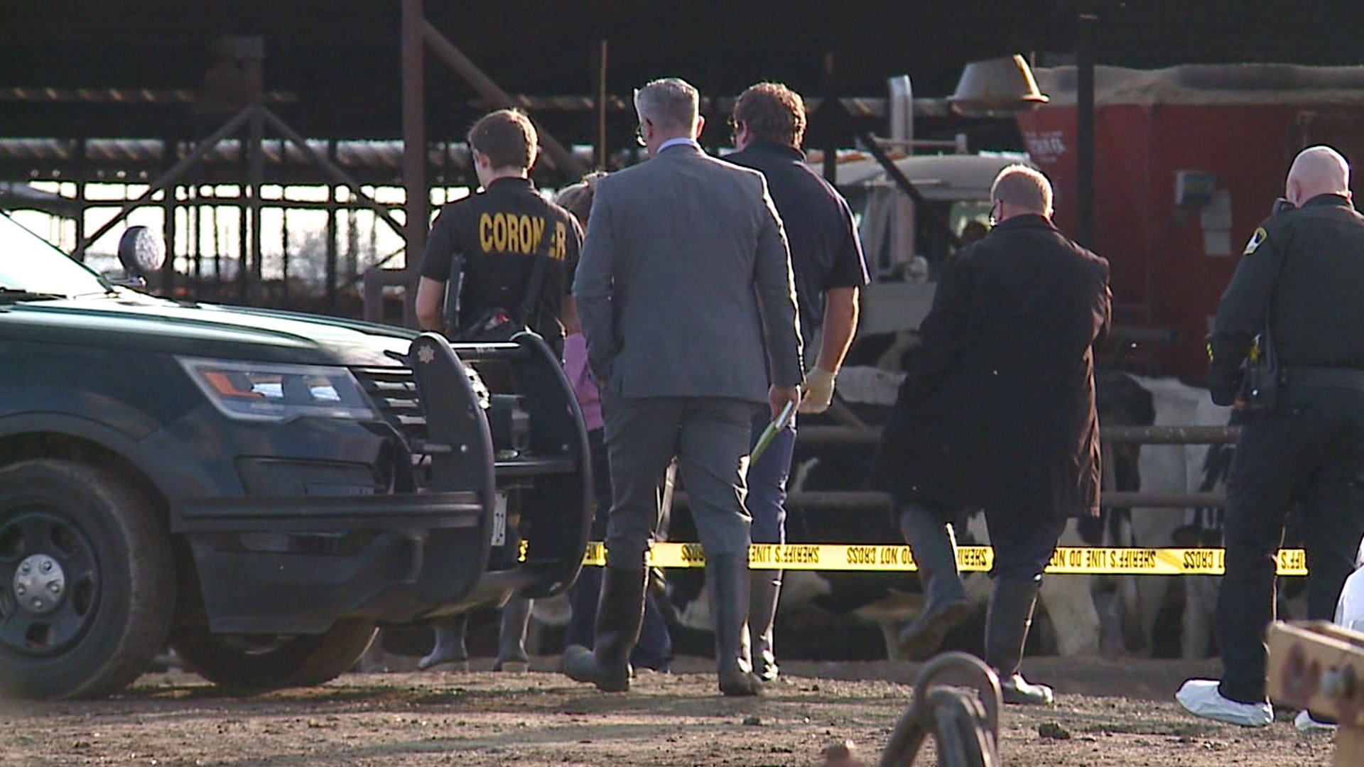 Homicide detectives responded to a dairy farm near Galt after the discovery of a dead man on Jan. 22, 2020. (Credit: KTXL)