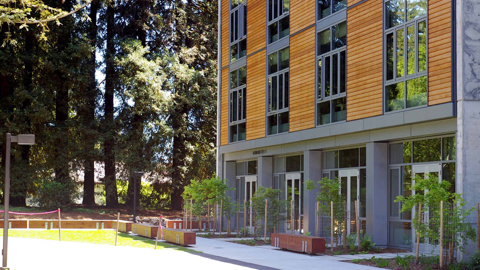 A humanities building on the UC Santa Cruz campus is seen in April 2007. (Credit: Casey Marshall / Wikimedia Commons)