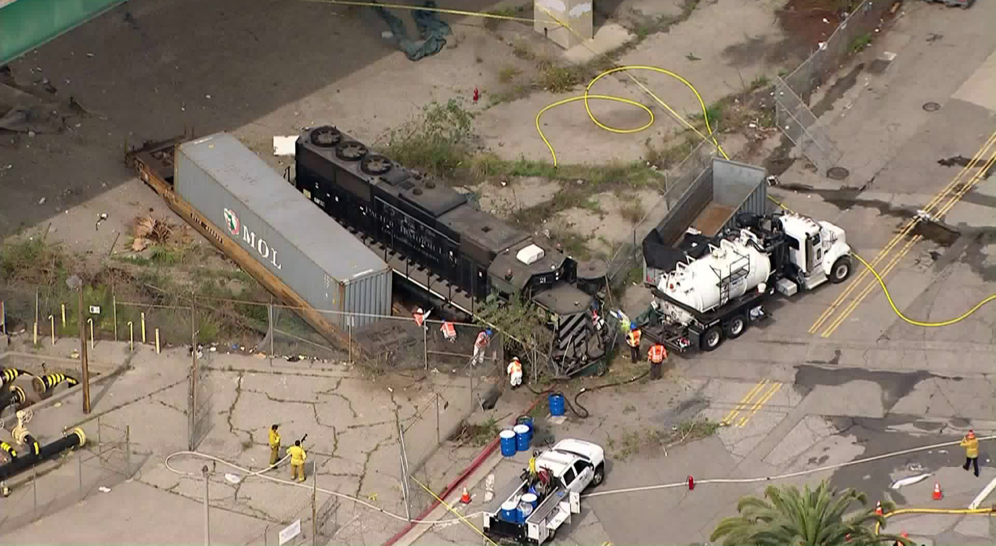 The scene of an allegedly intentional train derailment at the Port of Los Angeles, near where the USNS Mercy is docked, is seen on March 31, 2020. (KTLA)