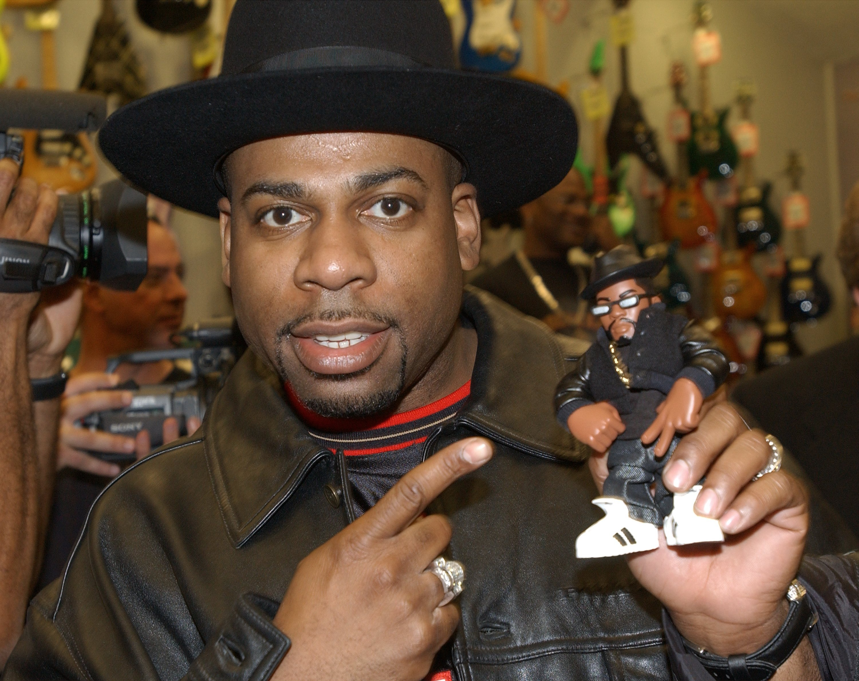 2 men indicted in 2002 fatal shooting of Run-DMC's Jam Master Jay ...