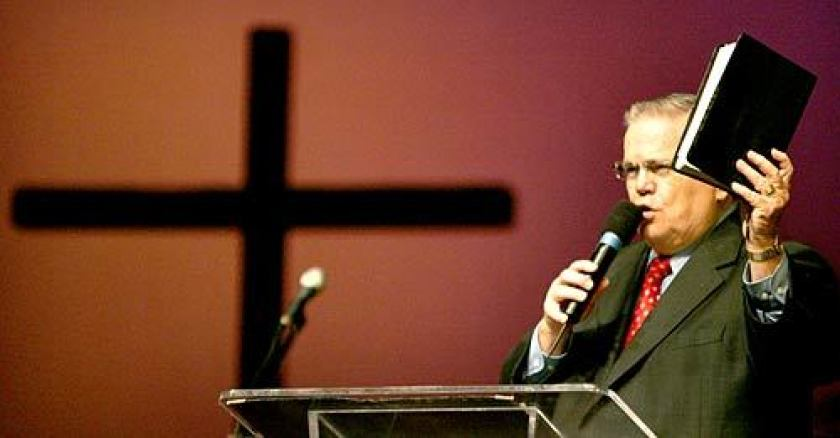 John C. Hagee, a Texas evangelist, speaks at Harvest Rock Church in Pasadena in 2014.(Ken Hively / Los Angeles Times)