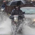 कहाँ कहाँ हुदैछ आज भारी वर्षा ?