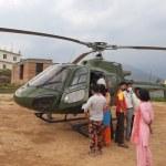 नेपाली सेनाको हेलिकोप्टरमार्फत दार्चुलाबाट सुत्केरीको उद्धार
