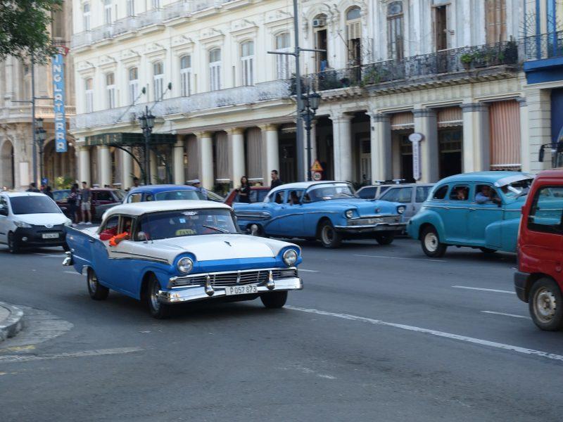 Typowa kubańska ulica.