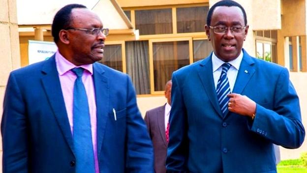 Rwanda's Senate President(R) Bernanard Makuza and Trade Minister Francois Kanimba