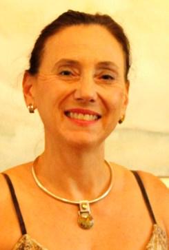 headshot of Lisa Spencer