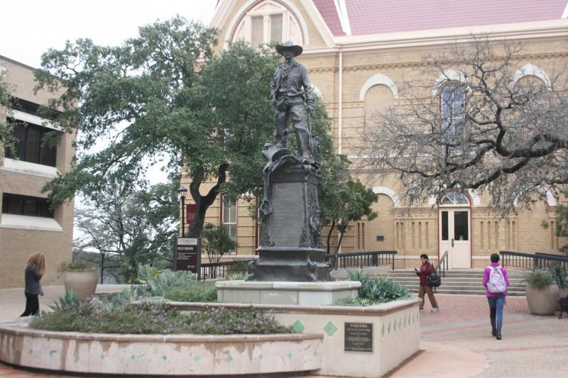Vaquero Statue. Photo by Nathalie Cohetero
