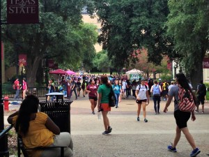 The Quad is where most student organizations look for new members. Photo by Cain Hernandez.