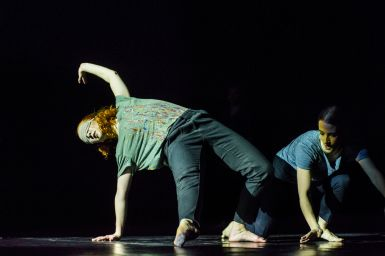 fragmentakcja-w-choreografii-karoliny-garbacik-fot.-bartosz-kruk-3-1518611320.jpg