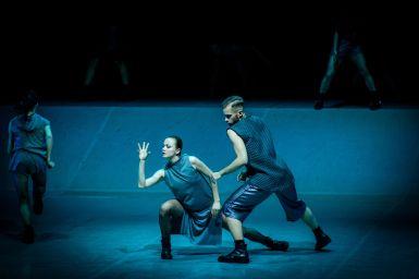 Intercepted_Przechwycone w choreografii Wojciecha Mochnieja-fot. Bartosz Kruk_Kielecki Teatr Tańca (2)
