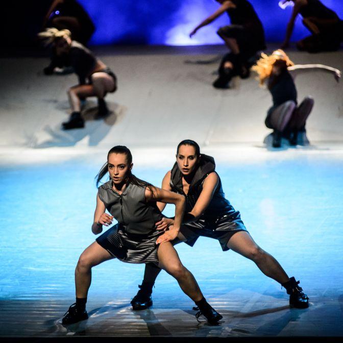 Kielecki Teatr Tańca Intercepted fot Batrosz Kruk (70)