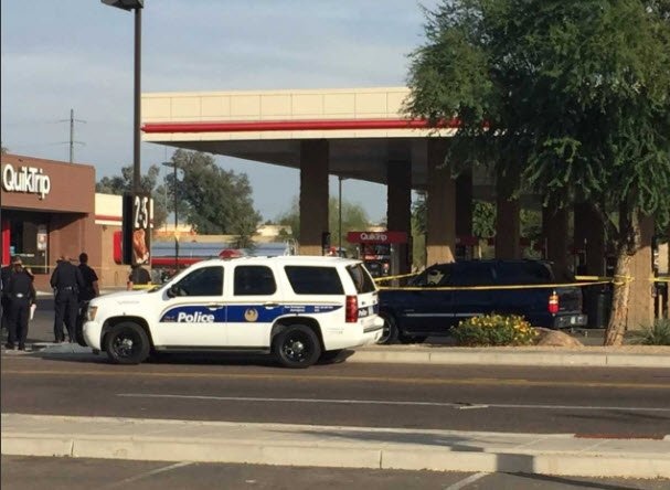2 Shooting Victims Found In Gas Station Parking Lot 1 Man