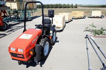 Аграрии Кубани с начала года получили 900 млн рублей льготных кредитов на приобретение сельхозтехники