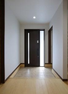 04 玄関ホール