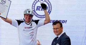 RID-rekord-fahrradspruenge-menschen3