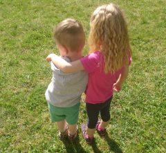 Kinder, Geschwister, Bruder, Schwester, Laktoseintoleranz